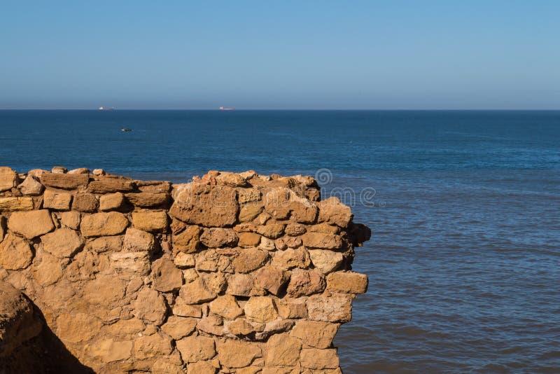 Ruinas de la pared de la fortaleza, Safi, Marruecos foto de archivo