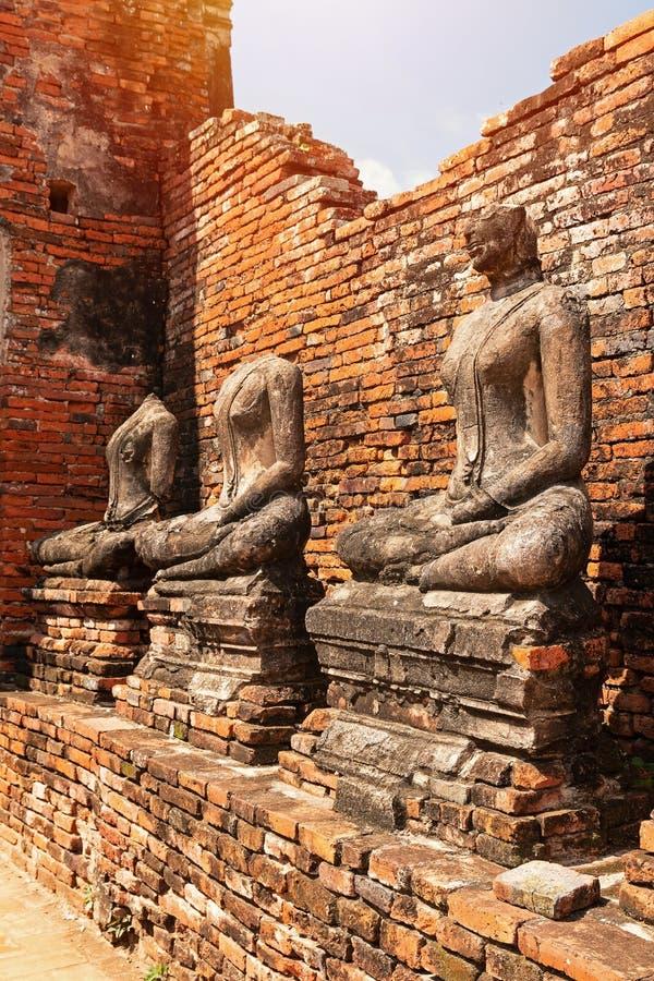 Ruinas de las estatuas de Buda fotos de archivo libres de regalías