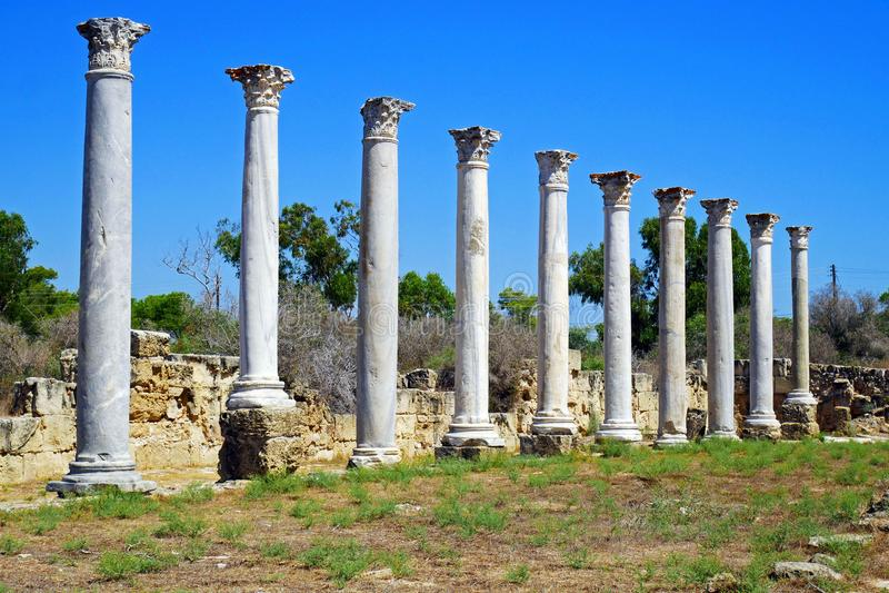 Ruinas de los romanos de la ciudad de salamis, cerca de Famagusta, Chipre septentrional imagen de archivo