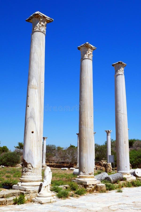 Ruinas de los romanos de la ciudad de salamis, cerca de Famagusta, Chipre septentrional foto de archivo libre de regalías