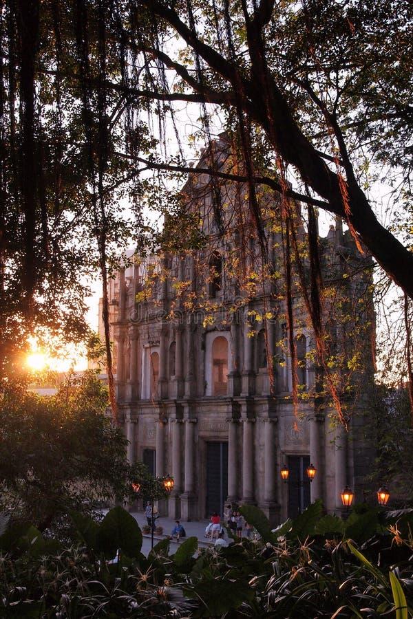 Ruinas de Macao de la iglesia de San Pablo en puesta del sol imágenes de archivo libres de regalías