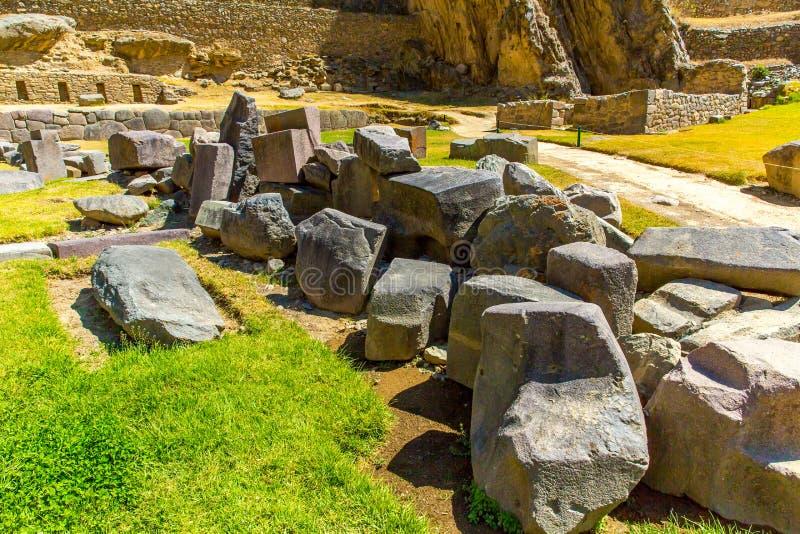 Ruinas de Ollantaytambo, de Perú, del inca y sitio arqueológico en Urubamba, Suramérica. foto de archivo