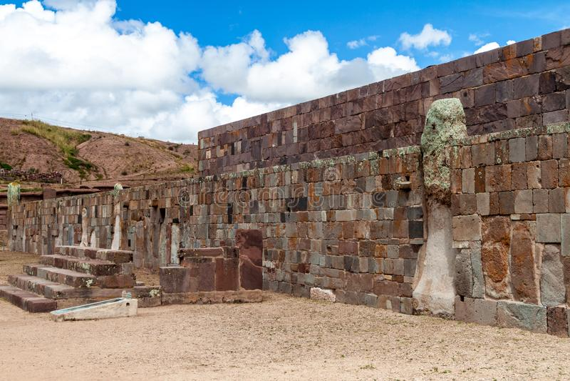 Ruinas de Tiwanaku, Bolivia fotos de archivo