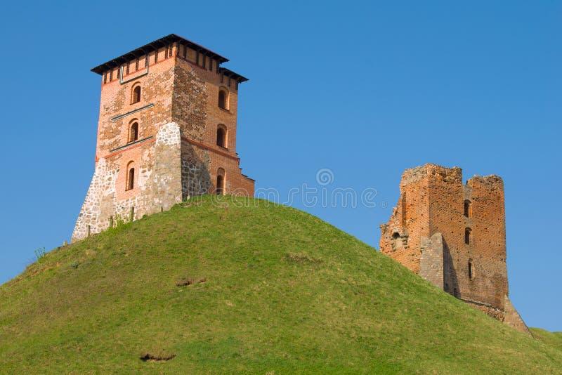 Ruinas de un castillo medieval antiguo Novogrudok, Bielorrusia foto de archivo libre de regalías