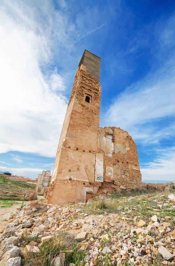 Ruinas de un edificio viejo destruido durante la guerra civil española en Belchite foto de archivo