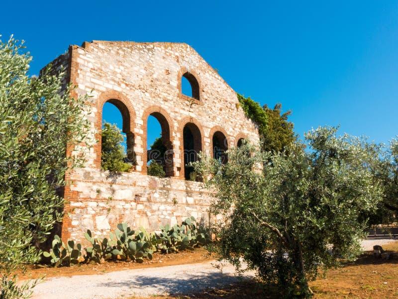 Ruinas de una compañía anterior de la mina en Campiglia Marittima, Italia fotografía de archivo