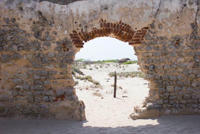 Ruinas de una iglesia vieja foto de archivo libre de regalías