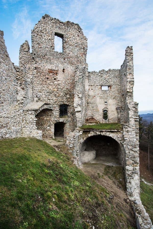 Ruinas del castillo Hrusov fotos de archivo libres de regalías