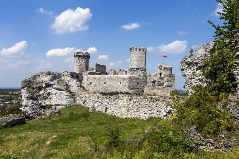 Ruinas del castillo Ogrodzieniec - Polonia imágenes de archivo libres de regalías