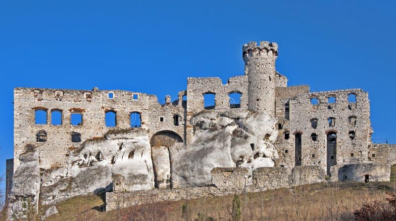 Ruinas del castillo Ogrodzieniec, Polonia foto de archivo