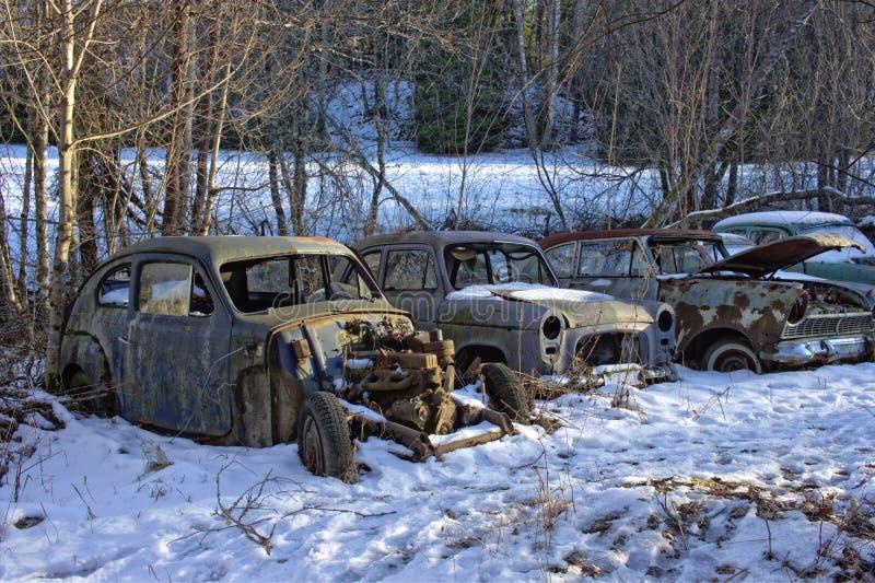 Ruinas del coche antiguo imagen de archivo
