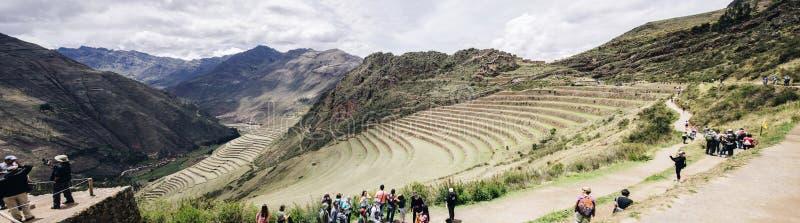 Ruinas del inca de Pisac en Perú fotos de archivo