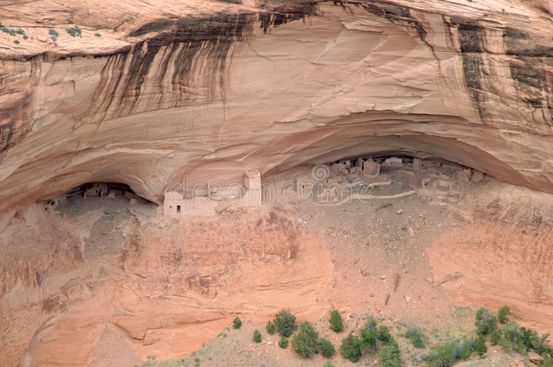 Ruinas del nativo americano en Canyon de Chelly fotos de archivo