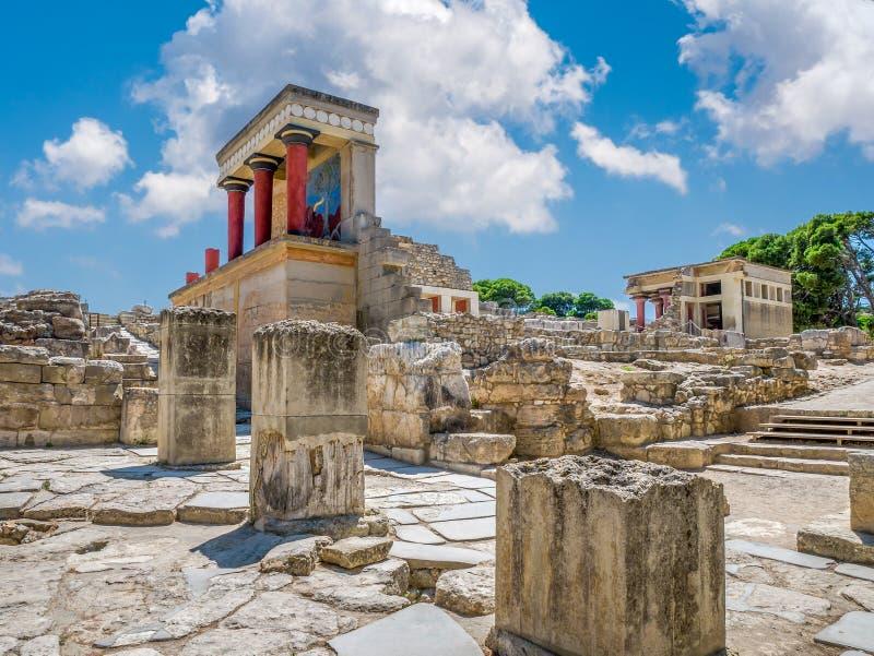 Ruinas del palacio de Knossos en la isla de Creta, Grecia Palacio famoso de Minoan de Knossos fotos de archivo