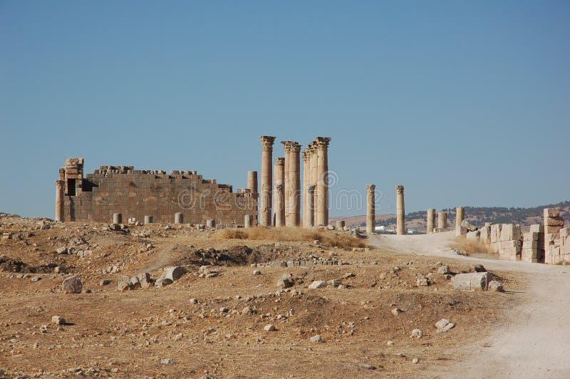 Ruinas del Templo de Artemisa en la ciudad romana antigua Gerasa, hoy Jerash, Jordania imagen de archivo libre de regalías