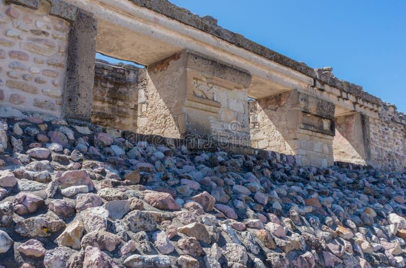 Ruinas en Mitla cerca de la ciudad de Oaxaca Centro de la cultura de Zapotec en México imagen de archivo libre de regalías