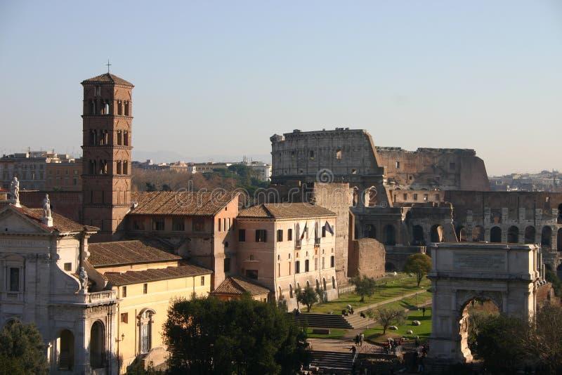 Ruinas en Roma imagenes de archivo