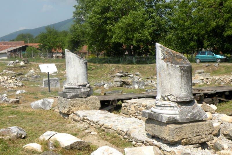 Ruinas en Ulpia Traiana Augusta Dacica Sarmizegetusa 5 imagen de archivo libre de regalías