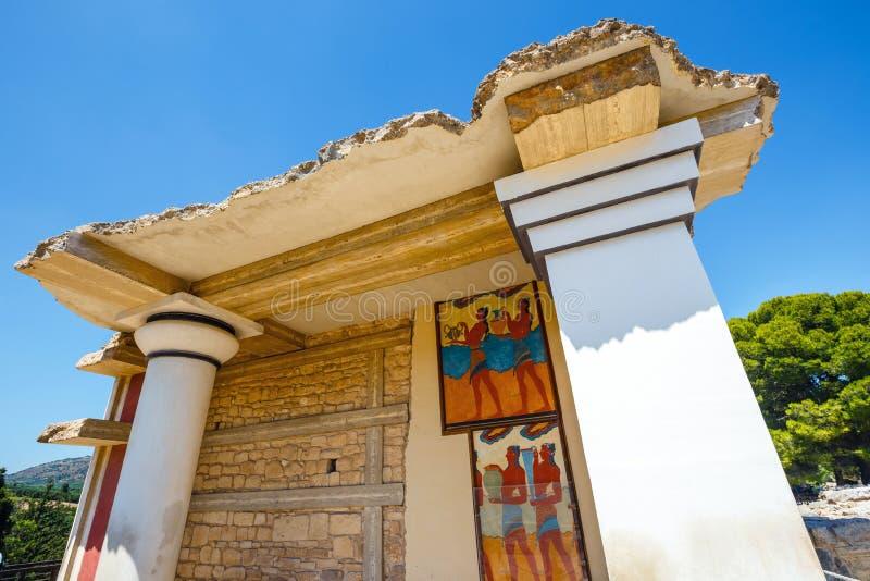 Ruinas escénicas del palacio de Minoan de Knossos foto de archivo