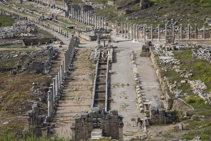 Ruinas romanas en Perge, en Antalya, Turquía fotos de archivo