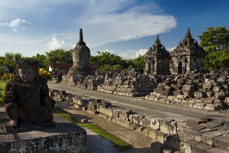 Ruinas viejas de Candi Plaosan en la isla de Java imagenes de archivo