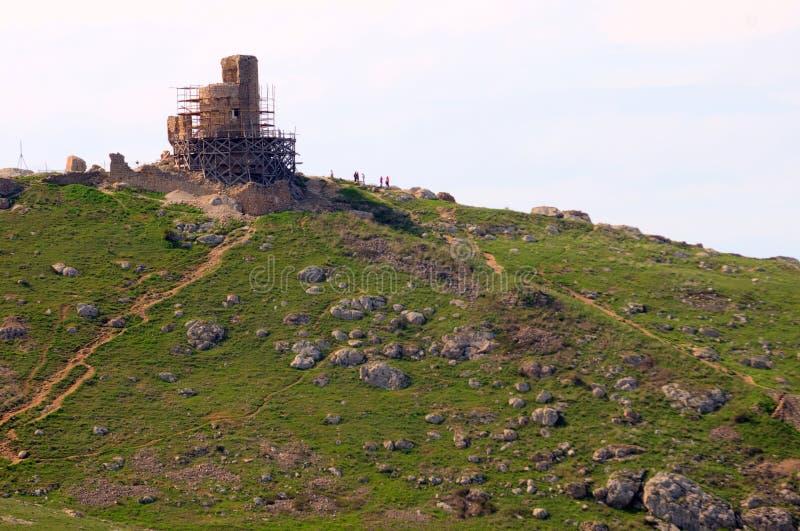 Ruinas viejas del fortalecimiento Genoese en Balaklava imágenes de archivo libres de regalías