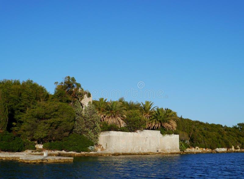 Ruine dans le méditerranéen photos libres de droits