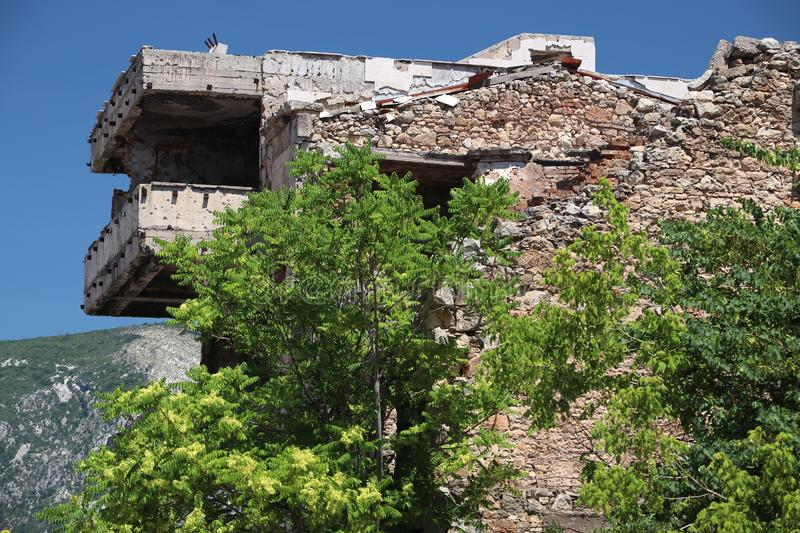 Ruine de guerre de Mostar photographie stock