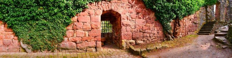 Ruine del castillo de Zavelstein fotografía de archivo libre de regalías