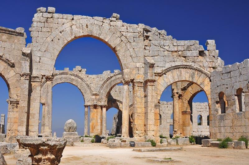 Ruine des Heiligen Simeon Stylites Church stockbild