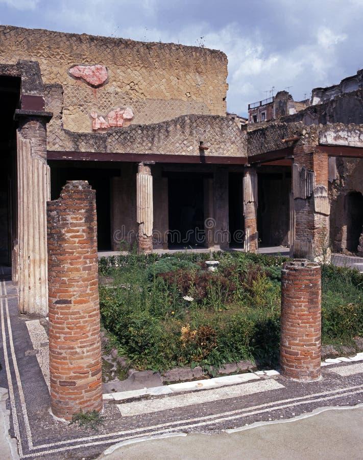 Ruine des römischen Hauses, Herculaneum, Italien. lizenzfreie stockbilder