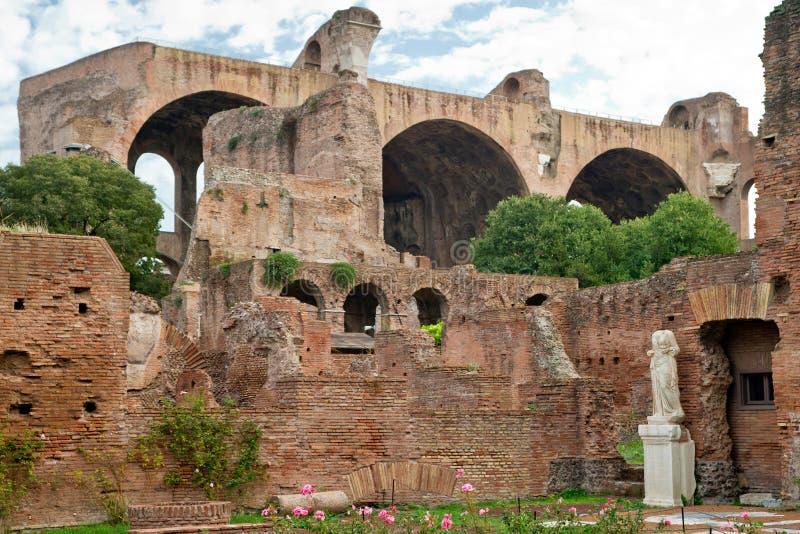Ruine du forum romain à Rome photo stock