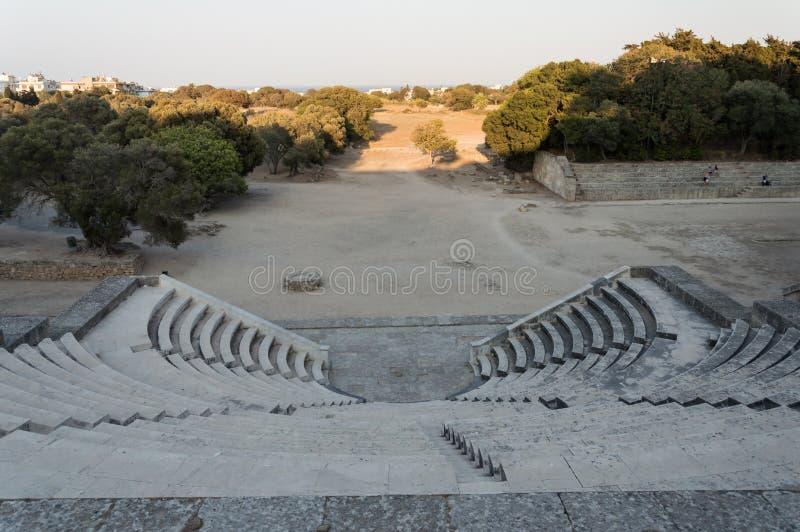 Ruinen der Akropolis Rhodes und das antike olympische Stadion in Rhodos Stadt stockfoto