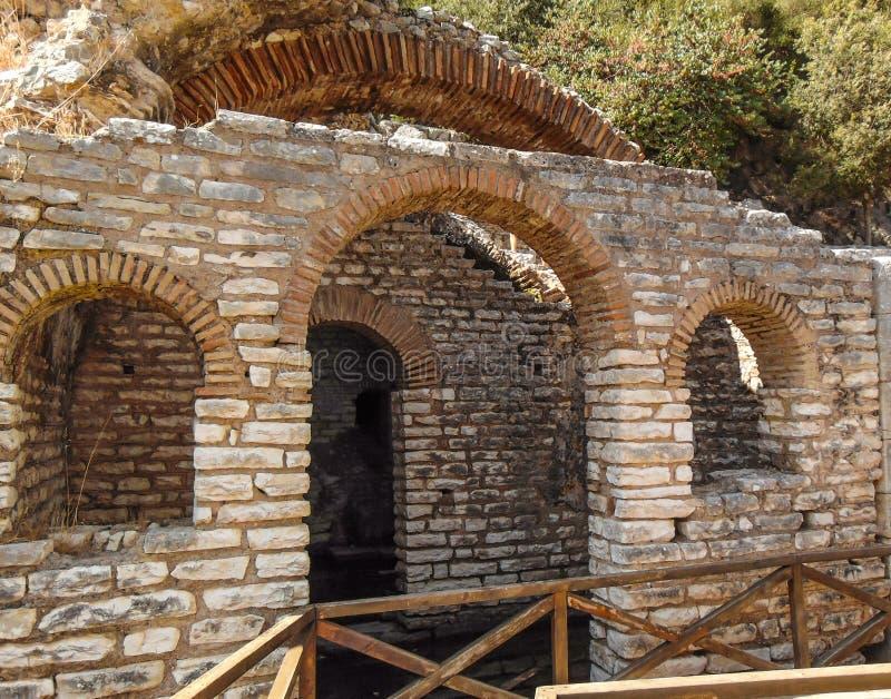 Ruinen der alten Stadt Butrint lizenzfreie stockfotos