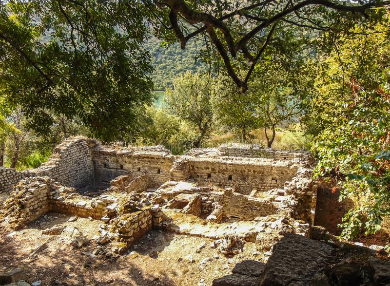 Ruinen der alten Stadt Butrint stockbilder