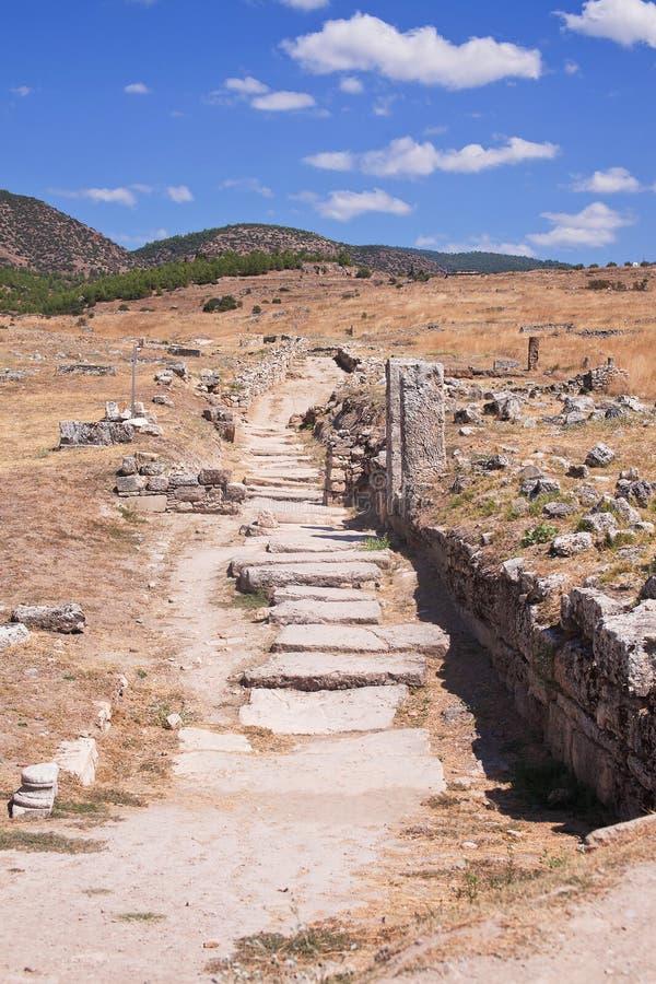 Ruinen der alten Stadt von Hierapolis Pamukkale Die Türkei lizenzfreies stockfoto