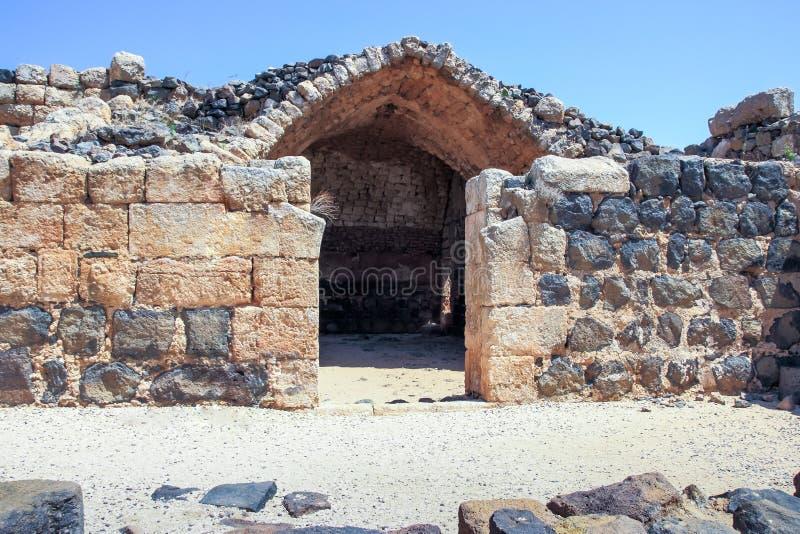 Ruinen der des 12. Jahrhundertsfestung des Hospitallers - des Belvoir - des Jordan Stars - in Jordan Star National Park nahe Aful lizenzfreies stockbild
