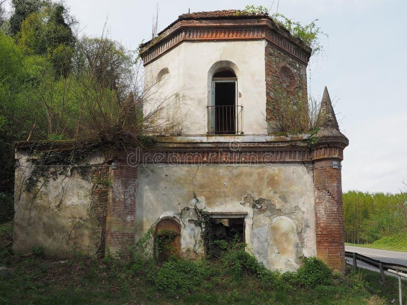 Ruinen der gotischen Kapelle in Chivasso, Italien lizenzfreie stockfotos