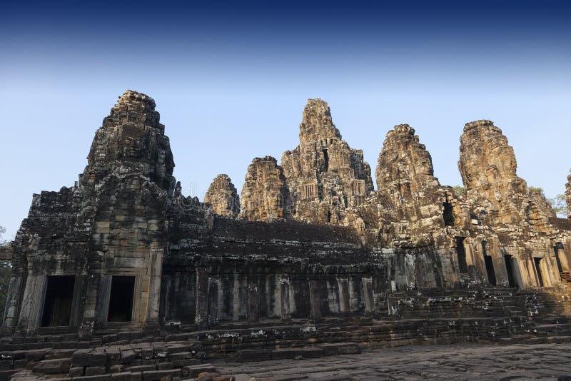 Ruinen des alten buddhistischen Tempels lizenzfreie stockfotografie