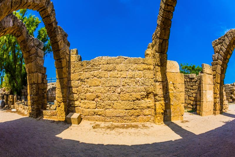 Ruinen des blauen südlichen Himmels lizenzfreies stockbild