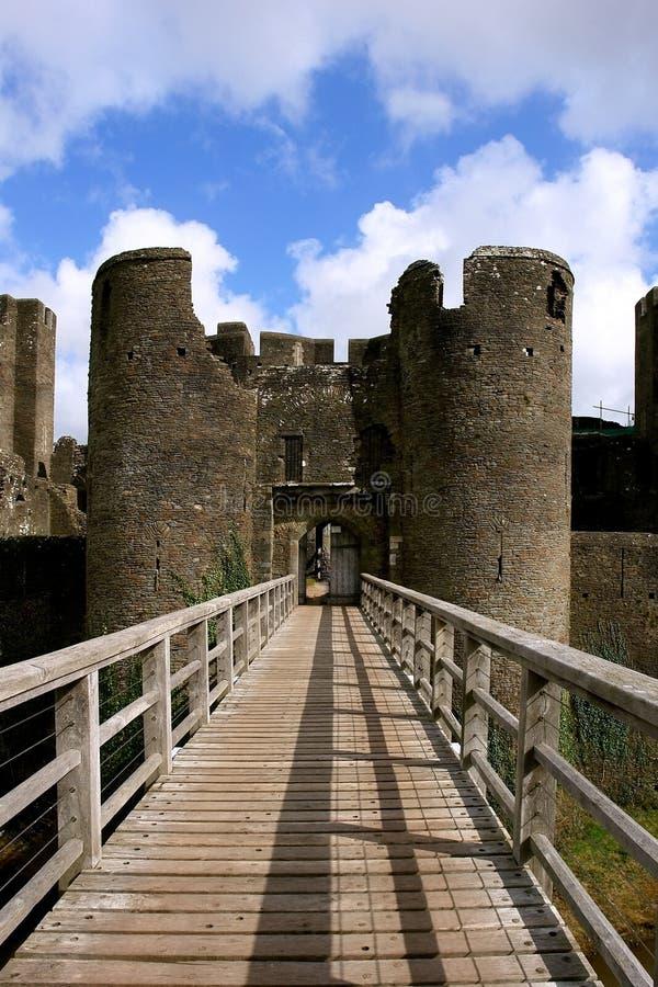Ruinen des Caerphilly Schlosses, Wales. stockbilder