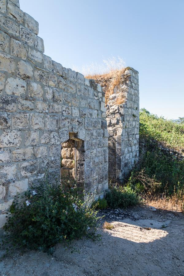 Ruinen des verlassenen palästinensischen Dorfs Kafr Birim im Norden von Israel, in dem die Christen Maronites bis die Mitte lebte lizenzfreie stockbilder