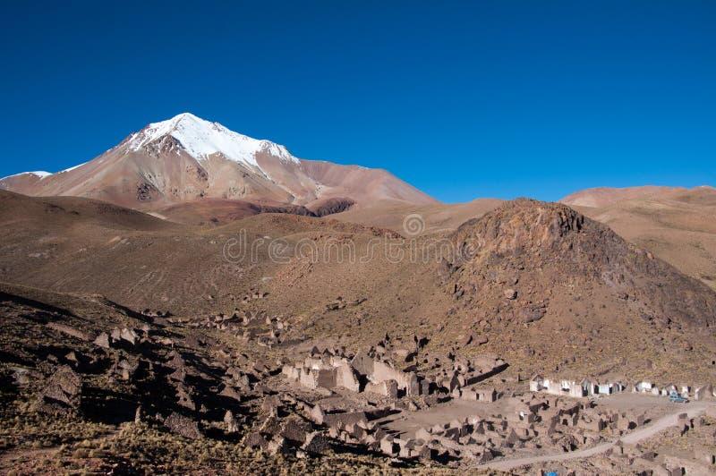 Ruinen einer alten Stadt in Bolivien stockbilder