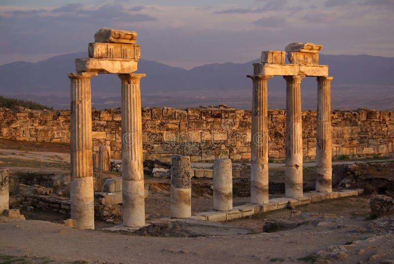 Ruinen von altem Hierapolis, Pamukkale Die Türkei lizenzfreie stockbilder
