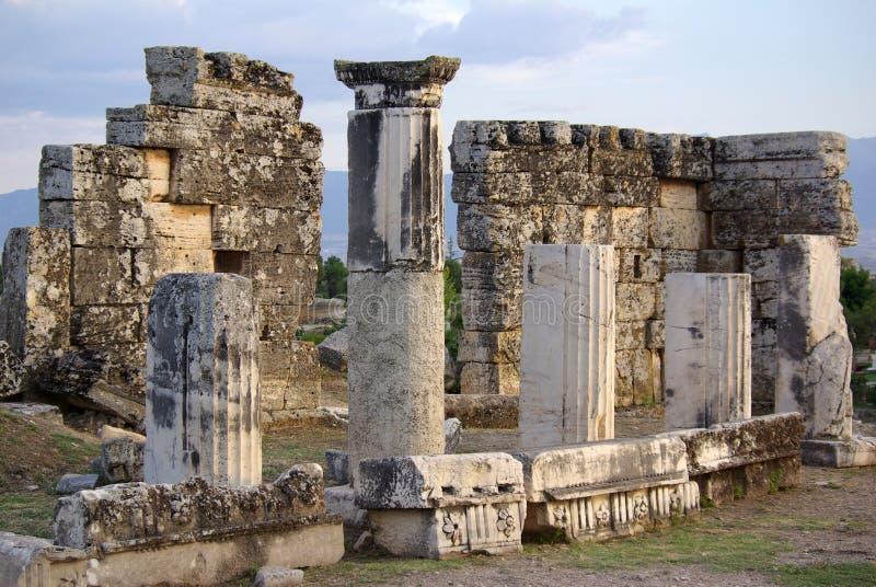 Ruinen von altem Hierapolis, Pamukkale Die Türkei stockbilder