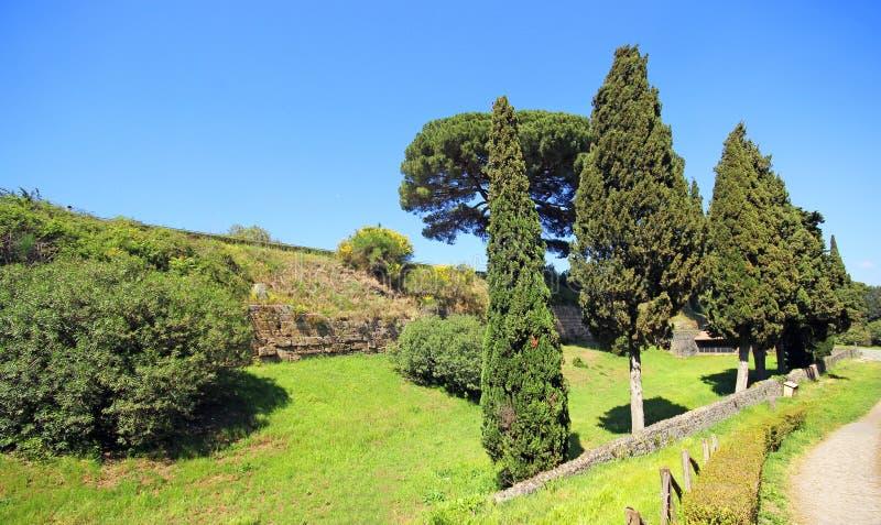Download Ruinen von altem Pompeji stockfoto. Bild von archäologie - 96931328