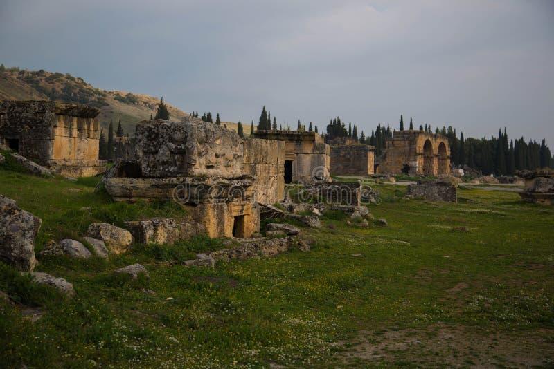 Ruinen von Hierapolis lizenzfreies stockbild