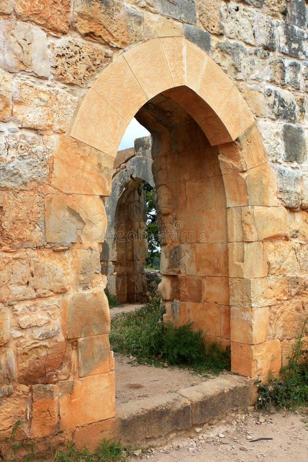 Ruinen von Montfort ziehen sich, Israel zurück lizenzfreie stockbilder