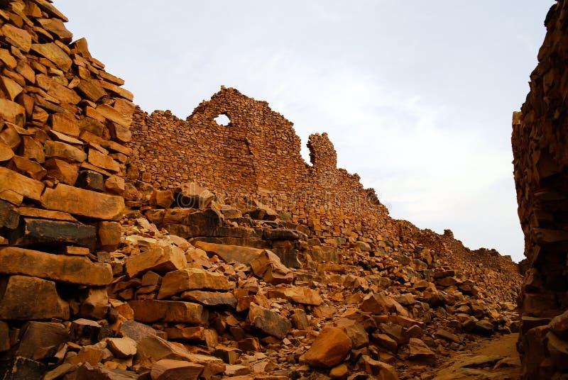 Ruinen von Ouadane-Festung in Sahara, Mauretanien stockfoto