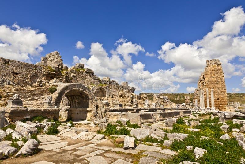 Ruinen von Perge eine alte anatolische Stadt in der Türkei lizenzfreie stockfotografie